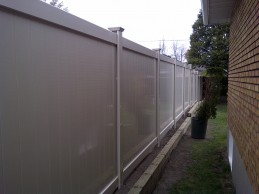 A PVC Fence vs. a Wood Fence: Privacy, Budgeting, and Maintenance